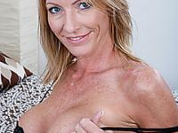 Sensual blonde milf and sons friend