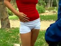 Violating her tight body in the public park