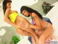 Slick pussy fisting for hot babes