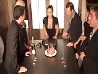 Orgie de parti et surprise pour Liza Del Sierra