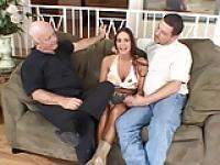 Geck kann Pornstar in den Arsch seiner Frau bang