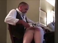 Caliente Papi le pega a su novio (6 clips)