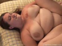 Pretty plumper pussy gets pounded