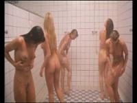 Shower girls _ Flodder