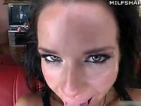 Milf Veronica Avluv gives blowjob