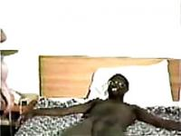 Black guy fingering and eating white pussy on interracial video
