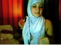 Arab with hijab gets naked and masturbates herself