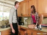 Riley Red fucks her dad's partner