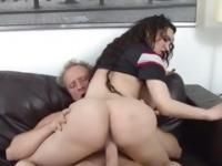 Amy Anderssen rides her pussy on this thick shaft
