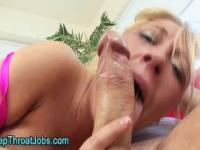 Fetish babe gets cumshot in her mouth