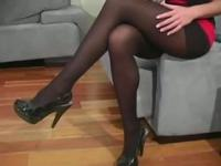Hot angel curves in fancy tights