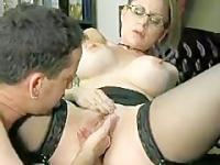 Awesome Blowjob Secretary gibt Boss