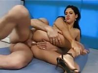 Stunning Latina gets her ass spread and filled