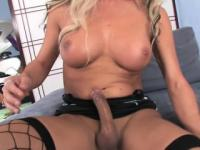 Crossdresser cop Ariel bangs a hunk guy