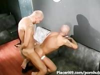 gay scopato a pecora da bull dal cazzo duro - gay fucked in sheep from bull