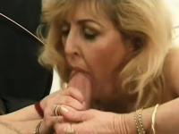 Mature lady Kitty Fox has years of experience in sucking meat