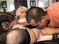 Blonde Milf gets an exchange student and breaks him in the American way