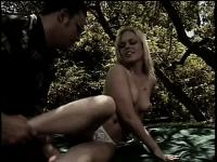 Scrumptious blonde bitch gets hilarious sexual experience in the forest