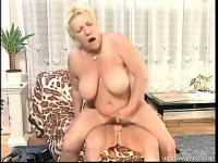Plumper mature blonde Debora gets fucked in her fat furry muffin