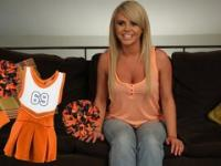 Bree Olson Sports - 5 Ways to Cheer On Your Team