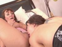 Lesbian loves  squirting