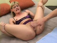 Tall fair-haired ginch is pleasured by horny master of cunnilingus