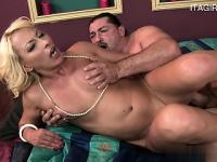 Hot cowgirl extreme public sex