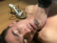 Facesitting footjob babe