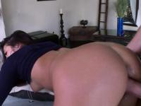 Attractive thick booty asian Morgan Lee loves the cock