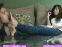April O'Neil gets her feet worshipped