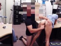 Amateur girl twat fucked at the pawnshop
