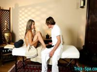 Teen fooled by masseur