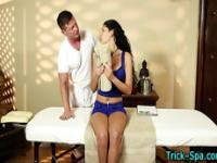 Dirty masseur rubs hottie