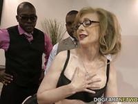 Nina Hartley baise Blacks pour les Votes