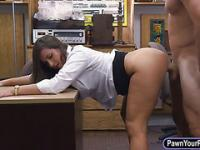 Huge ass amateur screwed at the pawnshop