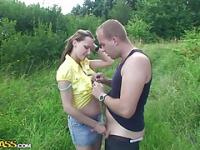 Out door sex movie with threesome in country