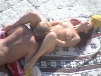 Horny sexually excited non-professional girlfriend fucking hardcore on public beach