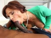 Syren and Elektra shared huge cock to sucked