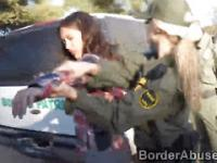 Young Latina crossed the border to make 3some with officers