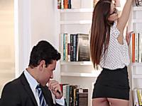 Brunette secretary Brooklyn orgasms