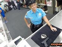 Ms police officer fucked by pawnkeeper