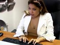 Babe Masturbating On Her Desk