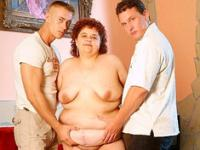 Threesome Sex BBW cornée