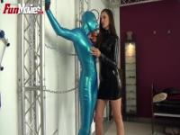 The submissive latex action with Tanja and Kristina