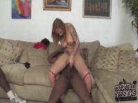 Interracial cuckolding for dirty Scarlett Pain