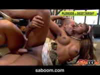 Black girl's pussy gets fucked
