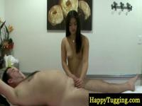 Asian babe knows the right point for good massage