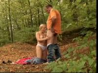 Rod loving blond bitch unfathomable mouths in forest