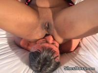 Younger darksome babe facesits an aged boy-friend