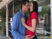 Sabrina Taylor shows all her skills to this guy